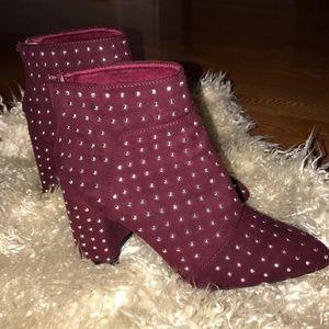 QUPID Wine studded booties